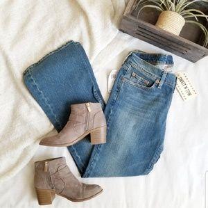 Lucky Brand Dunagarees Boot Cut Jeans